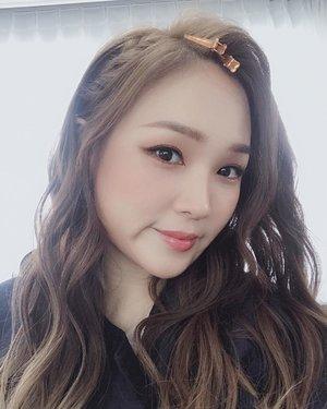 "Promise is promise 💜🤟🏼""Korean wedding makeup"" guys💜Suddenly i miss my Bali wedding 👰-#koreanweddingmakeup #결혼식메이크업"