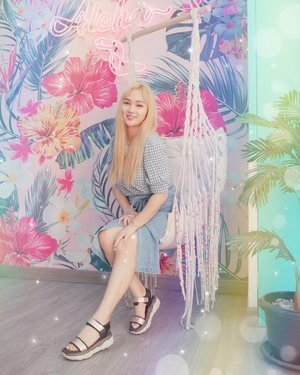 파스텔 컬러� 오졌다리🌈🌈 - Aloha~ Love the color palette 🎨 You do?😉 Photo by @devinasusantoo 👗 #ootd #outfitoftheday #toptags #lookoftheday #fashion