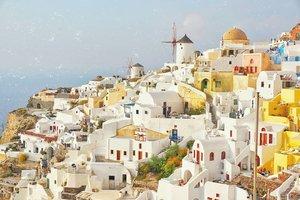 Beautiful Oia. 💙🇬🇷 ... #heavenlyblushgreeksecret #greeksecretadventure #greece #visitgreece #clozetteid @sonyforher #sonyforher #sonya6000 #greecepix #oiasantorini#greece🇬🇷
