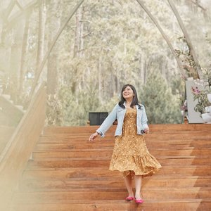 Hello 💕 . . @lookbookindonesia @styled.ootd #charisceleb #bloggermafia #clozetteid #styleblogger #ootd #lookbookindonesia #stylehaul #ootdasian #styleootd #stylenanda #styleicon #lookbooks #whatiwore #styleasia @sonyforher #sonyforher #sonya7 #sonya7ii  #ootdindo #ootdfashion #fashioninspiration #bloggermafia #iggers #sonyalphaclub #bandunginframe #siapasihlo #stylenanda #styledootd