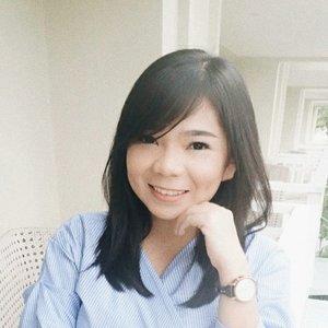 Sudah baca postingan terbaruku tentang new matte lipstick from @myred_a ? Aku sudah review semua warnanya,  oh yadi foto ini aku pakai shade no 801-Lazy Monday.  Cek review lengkapnya di : www.esterherliana.com ya ❤ . . . #bjreview #beautyjournal #beautyjournalsociolla #bblogger #indonesianfemalebloggers #clozetteid #beautybloggerindonesia #bloggerperempuan #bandungbeautyblogger #indobeautygram #indonesiabeautyblogger #indobeautygram #bblog #bloggerslife #fdbeauty #tribepost #bloggerceria #beautynesiamember #femaleblogger #kbbvmember #femaledailyreview #femaledailynetwork #sociollabloggernetwork #lykeambassador #clozetteid #charisceleb #setterspace