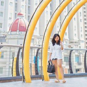 Happy Holidaaaaaaay! 🌞 . . 📸 : @marvinlib18 . . @lookbookindonesia @styled.ootd #clozetteid #styleblogger #ootd #fashioninspiration #lookbookindonesia #stylehaul #ootdasian #styleootd #stylenanda #styleicon #lookbooks #whatiwore #styleasia @sonyforher #sonyforher #sonya6000 #ootdindo #ootdfashion #iggers #sonyalphaclub #love #like4likes #instalike #fashiongram #outfits #outfitoftheday
