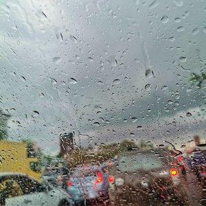 Rainy Sunday!#clozetteid #rainyday #rainphotography