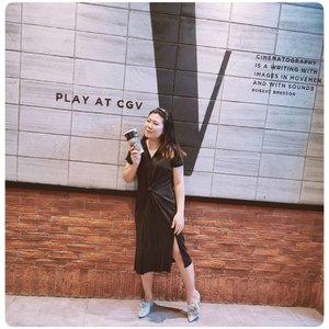 Hari ini nonton apa?  @ootdindokece #ootdindokece #ootd #ootdnontonbioskop @clozetteid #ClozetteID #liamelqhaootd #liamelqhadotcom #JourneyAboutMakeup #beautyblogger #bloggingmom #BloggerPerempuan #Beautiesquad #KEB #KumpulanEmakBlogger #ClozetteID #IndonesiaFemaleBlogger #SociollaBlogger #KBBVmember #batambeautyblogger #batamblogger #indonesiabeautyblogger #beautybloggerindonesia #setterspace #cgvcinemas @cgv.id