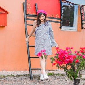 Oh please don't take my weekend away 😩 . . . . . #clozetteid #ootd #ootdindo #lookbook #lookbookindonesia #lifestyleblogger #fashion #blogger #fashionblogger #wiwt #potd #vscocam #eosm10 #lovelife #instagood #streetstyle #potd #eosmdiaries #ggrep #ggrepstyle #cgstreetstyle #streetfashion #setterspace #magicedit #explorebandung