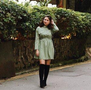 Grateful, especially when i got this dress for only ¥20 🤣🤣🤣 #travelwithjssica #explorehongkong #thepeak . . . . . #clozetteid #ootd #ootdindo #lookbook #lookbookindonesia #lifestyleblogger #fashion #blogger #fashionblogger #wiwt #potd #vscocam #eosm10 #lovelife #instagood #streetstyle #potd #eosmdiaries #ggrep #ggrepstyle #cgstreetstyle #streetfashion #setterspace