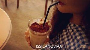 Chill! It's just me drinking my milo milkshake 🥤 . . . . . . #clozetteid #ootd #ootdindo #fashionvideo #lookbook #lookbookindonesia #lifestyleblogger #fashion #blogger #fashionblogger #wiwt #potd #vscocam #eosm10 #lovelife #instagood #streetstyle #potd #eosmdiaries #ggrep #ggrepstyle #cgstreetstyle #streetfashion