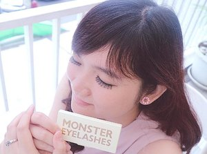 If you want to have a barbie-look eyes, i swear this false eyelashes from @beige_chuu Monster Eyelashes is the answer! It creates a natural and volume barbie-like lashes. As an asian, it suits me very well since it adjusted the length and breadth designed for Western eyes to perfectly fit Asian eyes! It also super lightweight compared to existing false eyelashes in the market. With the unique polishing process, the hair gets thinner towards the end making it more authentic looking like real lash. I recomend this lashes for you to try and you won't regret it 😉Thank you @charis_official for this lashes 💕💕..If you want to buy this lashes, hop to my Charis shop or click this link https://hicharis.net/jssicanoviaa/1rl 💕..#charis #charisceleb #eyelashes #falseeyelashes #clozetteid #beigechuu #monstereyelashes #lifestyleblogger #vscocam #blogger #fashion #makeup #makeupjunkie #potd #instagood #beautynesiaid #beautynesiamember