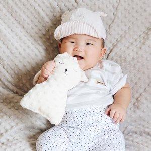 Haloo semua sudah sarapan belummmm? Mikkel udah kenyang udah mandi juga 😉#babymikkel ...#clozetteid #babyboy #baby #love #smilebaby