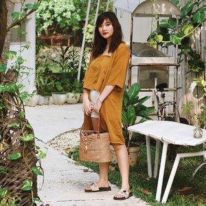 Oh hi there! Just a friendly reminder, besok senin lagi 🤪 . . . . . #clozetteid #ootd #ootdindo #lookbook #lookbookindonesia #lifestyleblogger #fashion #blogger #fashionblogger #wiwt #potd #vscocam #eosm10 #lovelife #instagood #streetstyle #potd #eosmdiaries #ggrep #ggrepstyle #cgstreetstyle #streetfashion #setterspace
