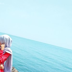 Need some fresh air.⠀⠀⠀⠀⠀⠀⠀⠀⠀Also fresh portrait.⠀⠀⠀⠀⠀⠀⠀⠀⠀.⠀⠀⠀⠀⠀⠀⠀⠀⠀Difotoin @iam_mbombi⠀⠀⠀⠀⠀⠀⠀⠀⠀#sea #semaranglife #clozetteid #portrait #contentcreatorlife