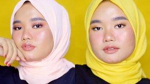 Sudah punya hijab baru untuk lebaran?? 🧕🏼..Sekali-sekali yaa ogut mau review kerudung buatan @inshira.store nama modelnya Zaskia. Zaskia ini menggunakan bahan Hycon (satu rumpun sama bahan Sifon dan Ceruti) yang halus, lembut, mudah diatur, dan nyaman dipakainya karena adem banget pakai ini. Teruss katanya Zaskia ini cocok banget buat kalian yang suka beraktivitas karena nggak mudah kusut bahkan ga perlu disetrika..Well sejujurnya, gue tipe hijaber yang ngga mau repot wkwk sukanya pakai bahan katun atau yang tebal dan sedikit kaku, supaya gue nggak perlu pakai daleman lagi dan mudah diaturnya hwahah. Zaskia ini memang bukan tipe kerudung yang suka gue pakai sehari-hari karena dia bahannya terbilang tipis dan masih menerawang, jadi disarankan untuk memakai daleman lagi yaa. Karena dia tipis, ini beneran nyaman banget dipakai dan adeeem bangett aseli. Dia juga bisa stay tegak di bagian dahi jadi nggak perlu repot bolak-balik rapihin kerudung 😍..Kalau klaimnya yang katanya nggak mudah kusut, gue setuju-nggak setuju hahah. Soalnya gue sendiri anaknya teledor jadi suka naro kerudung asal-asalan, dan menurut gue leceknya masih kelihatan walau nggak heboh. Jadi kalau dikata nggak perlu disetrika, mungkin iya kalau ditaruhnya dilipat rapi. Kalo asal-asalan masih perlu disetrika menurut gue wkwkwk. Tapii kalau lagi dipakai dalam keadaan rapi, dia memang terbilang nggak mudah lecek pas dipakai seharian💕..So faar aku sukaaa sama Zaskia ❤. Tp kuharap nanti @inshira.store bakal bikin yang bahannya agak tebal ya biar aku nggak perlu pakai dalaman lagi hihi. Oh iya mereka jual berbagai macam warna lohh kalian bisa pilih sendiri. Harganya juga terjangkau banget! Silakan cek page instagram mereka ya di @inshira.store 🌻..Thank youu @inshira.store udah kirimin Zaskia buat aku cobain 🧕🏼❤..Kalian suka liat gue pakai warna apa? Kuning atau peach?😁..#clozetteid #hijaboftheday #hijab