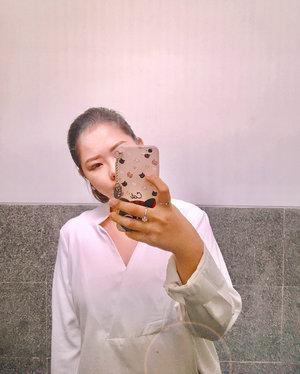 It's better to wear loose top. especially when you have a big lunch. 😆 _ . . . . . _ #musouya #cafebandung #sundaywellspent #japanesefood #혼녀 #인돈네시아 #clozetteid #ggrep #kulinerbandung