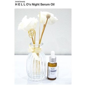 Good evening ⭐️ Have you ever used a #nightserum oil? It's first time for me. If you have a dry-normal skin, I highly recommend this #serum to you. For details, check my #review on my #blog (link is on bio👆) 😘 #jovialbeauty #clozetteid #skincare #skincarereview #flatlay