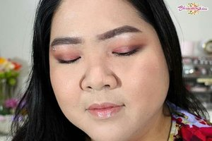 Which one do you like best,  eyes look on pic 1 or 2? 👀 💖 . #blossomshine #sariayumarthatilaar #eyeshadowlokal #makeuptalk #wakeupandmakeup #firstmakeup #tampilcantik #beautybloggerindonesia #beautybloggertangerang #Beautiesquad #kbbvmember #eyeshadowjunkie #clozetteid #makeuplokal #indobeautygram #colortrends2019 #sariayucolortrend2019