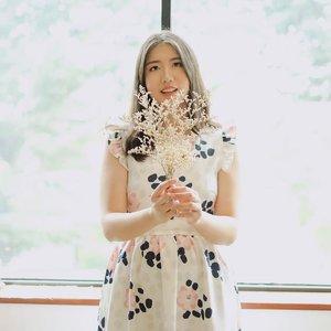 Wherever you go, no matter what the weather, always bring your own sunshine.✨🌞 . . #clozetteid #ootd #ootdindo #ootdfashion #ootdfash #styleinspo #styleinspiration #fujifeed #dailythoughts #sunday #l4l #likes #likeforlike #instadaily #instapic #tweegram #fashion #fashioninspo #fashionblogger #fashioninfluencer #instaworthy #instaworthyjakarta #travelblogger #vsco