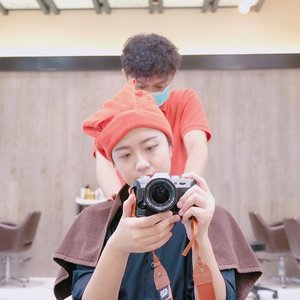 Kemarin aku habis ngerubah rambut aku di @irwanteamhairdesign. Soon aku bakal publish hasil rambut aku di Instagram & share pengalaman aku di blog. Thankyou @clozetteid for the sponsored😘❤️......#clozettemobileapp #clozetteid #clozetteambassador