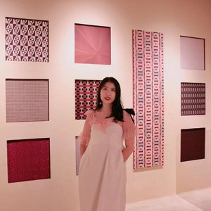 Finally visiting mini exhibition after a while, where's my museum partner @carinaeliane 😪 | 📸: @esterchristy . . . #clozetteid #exhibition #museum #hermes #hermesexhibition