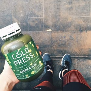 Healthy juice from @coldpressid before my running session. It really boosts my energy for the whole day! My favourite is Green Boost, what's yours? - Join me to #NTCtourJKT2016 on 16 April 2016 to have a better you! Registration link is on my latest blog post (link in bio) #forabetterme #BetterForIt #clozetteid