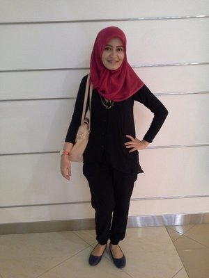 My Hijab casual look with red scarf #AcerLiquidJade #ClozetteID