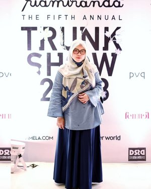 Blue mood for #rmts2018 Lena scarf & Ava top by @inforiamiranda  #riamirandastyle #tapfordetails #fashionmodesty #hijabfashion #hijabootdindo #ootd #ootdindo #lookbookindonesia #lookbook #chestcoveringhijab #hijabinspiration #outfitideas #ClozetteID