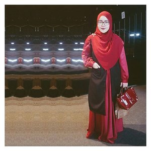 #throwback what I wore for attending #COIDENTITY show on @jfwofficial last Monday --- touch of maroon & black 🔴⚫.#jfw2016 #jakartafashionweek #jfw2016day3 #ClozetteID.#tapfordetails #fashionmodesty #hijabfashion #islamicfashionistas #hijabootd #hijabootdindo #ootd #ootdindo #lookbookindonesia #modeststreetfashion #modestmodeofficial #themodestymovement #chestcoveringhijab #modestmuhaajaba #hijabcovered #hijabinspiration #hijabstyle #indonesianhijabi