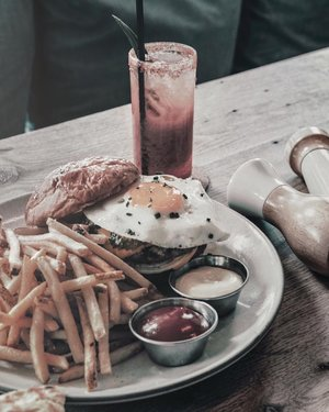 "[READ THE CAPTION]When you missed breakfast and you're too early for lunch, then burger and fries to the rescue. (By the way, thanks for this insposhot. Creds – Photo by: Spencer Davis on Unsplash) –//Maybe I'm not a fitness guru or nutritionist, but I've been through this experience: one time, I was so hungry and I missed breakfast (even a single cup of milk or even coffee), so this idea came into my mind. That idea said, ""you need a little a bit of a crispness from a beef, fresh from the oven kind of buns, fresh and salty potatoes, and a nice cold drink"" then I said, ""sure, let's just get to it to drive-thru"" hahahaha lol, but it's kind of a true experience tho. Anyway, this scenario may not happen the same way in your belly..so, maybe keep finding your true and real good food to go? maybe? //