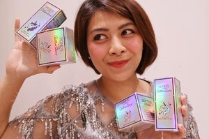 Hello It's time to be glowing every day! I'm using Pond's Glitter Glow product with the power of unicorn. The Peel-of Glitter mask giving me the illuminating glow face and when I put the Glitter Cream my face become moist and has shimmering unicorn glow. This is the best , Glitter Duo Powder for highlight my eyes and cheeks. Also rosy glowing touch from the moisture stick. Let's get glow!#BornUnicorn #SparkYourUnicornGlow #PondsGlitterGlow #clozetteid