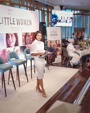 "Had a great time with @sonypicturesid & @clozetteid @lemeridienjkt yesterday. Talk about woman and their skills, passion , dreams and sisterhood like what happend on Little Woman Movie.  One of Jo March Quote: ""Women have minds, and they have souls and as well as just hearts. And they've got talent, as well as just beauty""  So keep fighting for every woman who still believes into their dreams 👍🏻👍🏻 #clozetteid #mc #masterofceremony #masterofceremonyjakarta #masterofceremonyindonesia #mcjakartaevent #mcjakarta #lemeredien #littlewomen #talkshowhost #tvhost #tvpresenter #presenter #littlewomenmovieid #sonypictures"