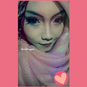 Love it :* #ClozetteID #lovehijab #hijabku #makeup #instahijab #instamake #latepost #funny #gdmorning