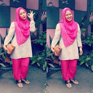 "1st #ootd at 30! Please ignore my ""lecek"" top. 😆😂😅 #clozetteid #hotd #hijab #hijabers #birthdaygirl #hijablook #hijabfashion #modestfashion #lisnastyle"