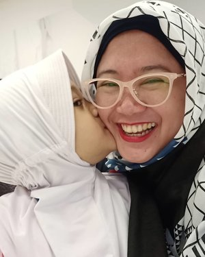 I'm a happy mama. 💙..#love #motherdaughter #clozetteid #clozettehijab #clozettedaily #selfie #wefie #nayandraalishalatief #OPPOF7 #qualitytime #moviedate #hijabkids