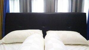 Selamat leyeh-leyeh. 😍💕 Sekarang si ucul mau lompat-lompat macam monkey jumping on the bed no worry yes, hahaha. 🐒🐒🐒 #clozetteid