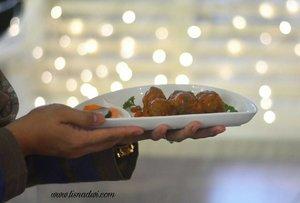 Sarapan apa? Stuffed meatball at @gastromaquia Yummy. #clozetteid #ClozetteIDReview #GastromaquiaReview #GastromaquiaXClozetteIDReview  #gastromaquia #spanishrestaurant #foodie #instafood #foodblogger #foodporn #drink #restaurant #lounge #nikon #nikonphotography #happydays #lifestyleblogger #socialmediamom #spaghetti #pasta #aglioolio