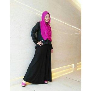 Shocking pink on midweek. #clozetteid #ootd #clozettehijab #starclozetter #hijabootdindo #hijabstyle #hijabinspiration #hijablook #hijabfashion #hijabfeature_2016
