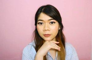 Makeup buat bukber agar terlihat cetar dan sparkling 💎💎💎 (swipe for details) Karena biasanya aku makeup sendiri atau makeupin orang, eh kali ini dimakeupin sama @brushedbydnd jadi berasa special pake telor 🍳🥰 Selain dimakeupin, jadi ikutan belajar juga soal tips and trick biar next time juga bisa bikin sendiri yg kaya gini 😀 . . . . . . . . . . . . . #motd #makeupoftheday #beautyblogger #makeupideas #lifestyle #instaglam #instabeauty #picoftheday #bbloggers #makeuplook #pinktheme #indonesianbeautybloggers #clozetteid #clozetters #makeupbukber #potd #influencer #indonesiablogger #asian
