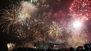 Happy New Year 2017 🎆🎊✨🎉 From the center of fireworks party in Jakarta, Indonesia🙌 Ancooool 😄 #fireworks #newyear #newyeareve #night #party #happynewyear2017 #lifestyle #jakarta #Indonesia #ancol #lagoonbeach #event #moment #bestmoment #vidgram #indovidgram #instagood #clozetteid #clozetteambassador