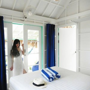 Two of my favorite colours here! 😍😍 a chic yet cosy place 😍 #beautiful #gilitrawangan #beach #chic #cozy #bedroom #lepirate #Lombok #lombokituindah #Indonesia #lepiratebeachclub #wonderfulIndonesia #holiday #trip #travel #traveler #interiordesign #interior #whitedress #white #blue #favorite  #colour #lookbookIndonesia #beritafashion #fashion #fashionista #clozetteambassador #clozetteid @clozetteid #lifestyle