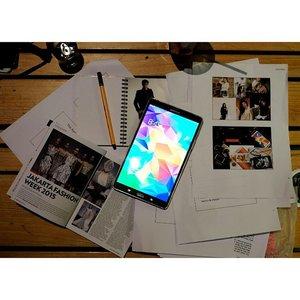 Part of my work~ #superTabS #gadget #fashion #fashionid #fashionista #JakartFashionWeek #jfw2015 #mywork #myjob #mypassion #clozetteid @clozetteid