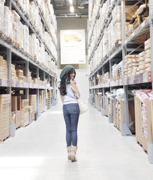 I want to look happy when we're apart, so I wouldn't be a burden to you. So please don't burden me with your silent. I hope you'd understand :) #warehouse #jeans #denim #boots #knithat #clozetteid