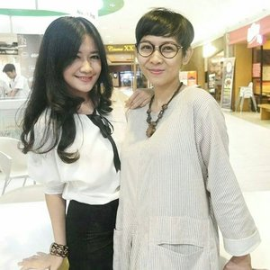 Sisa bukber kmaren, with one of my fave hotmom 😁😂😘#bukber #bukapuasa #friends #besties #hotmom #kopdarJakarta #blogger #femaleblogger #girls #women #ladies #beauty #lifestyle #ootd #ootdindo #fashion #breakfast #whitedress #whitetop #monochrome #blackskirt #clozetteambassador #clozetteID @clozetteid