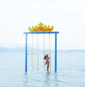 They said..walking on water wasn't built in a day. Look at me.. I'm walking on water like a pro👢🐟😆😆 #walkingonwater #pantaisariringgung #pesawaran #lampung #bandalampung #explorelampung #wonderfulIndonesia #pesonaIndonesia #travel #traveler #traveling #lifestyle #beach #sea #bluesea #nature #naturelovers #clozetteid