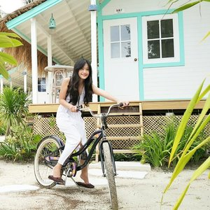 Iwant to ride my bicycle~  I want to ride my bike~ 😍 #bestvacations #gilitrawangan #lombok #lombokituindah #getaway #holiday #trip #travel #traveler #resort #lepirate #beachclub #bicycle #bike #island #white #ootd #ootdindo #whitedress #terrace #clozetteambassador #clozetteid @clozetteid #fashion