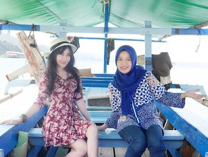 Happiness is...traveling with your sister 👭😘#sister #sisters #family #love #happiness #boat #travel #traveler #traveling #lifestyle #sea #bluesea #nature #naturelovers #clozetteid #vacation