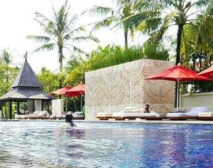 Happy Wednesday, sexy people👙💋 #theRoyalSantrian #hotel #resort #luxury #villa #luxurylife #santrianlife #romantic #Bali #TanjungBenoa #NusaDua #beach #sexy #swimmingpool #trees #coconuttrees #terrace #couple #sea #travel #traveler #travelling #trip #lifestyle #wonderfulIndonesia #pesonaIndonesia #clozetteid #clozetteambassador