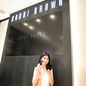 Beberapa hari lalu main2 ke Bobbi Brown counter, acaranya seru dan bisa coba berbagai produk @bobbibrownid 😉...Thank you @stefanigabriela for the invitation 😘#bobbibrown #bobbibrownid #clozetteid