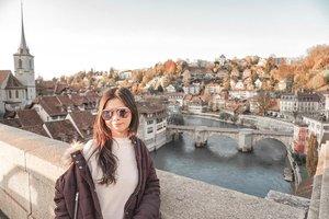 One of the best things about Switzerland is all the beautiful nature. Belum lagi ambiencenya yg selalu bikin hati adem apalagi ditemeni pasangan.. Eaaa... 🥰Happy Weekend guys!Jangan lupa bahagia ya.. ☺️.#Letstraveltiff #Tiffinswitzerland #swiss #clozetteid