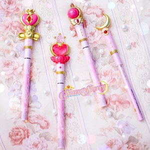 My 3 Magic Wands + My Daughter's (?) Magic Wand 💖🌙💖🌙 SAILOR MOON #MiracleRomance Pencil & Liquid Liner Review, For You! On my Blog : WWW.SHEEMASHERRY.COM / Direct Link in BIO !!! 💖🌙💖🌙💖🌙 #SailorMoon #CreerBeaute