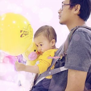 """[PART 2/3 #ZaydenXFanfanchuu ] Daddy: """"Okay you can take one @Fanfanchuu home"""" (and the shopkeeper also gave him the balloon). """"This is your responsibility. You have to hold him and the balloon tightly, just like Daddy hold you. Don't let go. But in the MTR, Fanfanchuu should go back to the box because it will be lots of people in the MTR and you'll be overwhelmed holding them both at once. okay?"""".Zayden: """"Understood, Daddy..."""" *held Fanfanchuu & the Balloon tightly* #MaaShaaallaah #ArchieZayden #15mo..PS: CAN YOU EVEN? because I CAN'T EVEN. if you know what I mean 🤣😅🐤🙌🏻💛..#fanfanchuu#chuuhk#chuukorea#chuuofficial"""