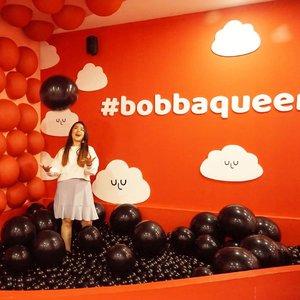Pecinta Bobba Booth tapi jarang minum bobba 🤣Ya aku mah demen potonya aja, minum bobba kalo lg mood doang 🙂.Udah pada ke @tenblocksmuseum belooom? ..#BobbaQueen #BobbaRedVolution#tenblocksmuseum  #clozetteid